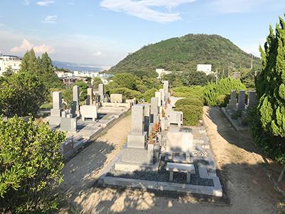 西宮市立甲山墓園のことなら西宮霊園ガイドまで 墓地画像