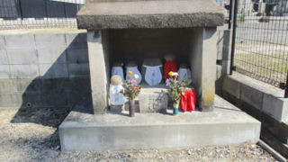 西宮_堤町墓地のお墓の写真